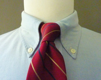 RARE Vintage 1960s Brooks Brothers MAKERS All Silk Beige & Navy Blue Regimental Repp Stripe on Maroon Background Trad / Ivy League Neck Tie.