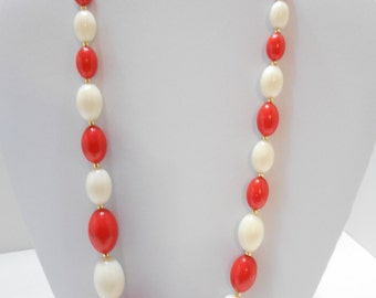 """Vintage 24"""" Red And White Oval Beaded Necklace (4986BP)"""