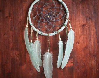 Dream Catcher - Afternoon Delight - With Natural Wool Yarn and Light Mint Feathers - Boho Home Decor, Nursery Mobile