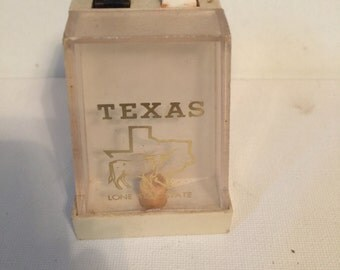 Texas Rustic Salt and Pepper Mill Souvenier Western Salt and Pepper Shakers
