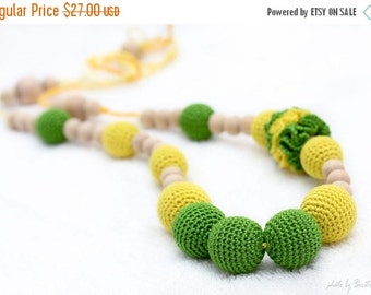 SALE 25% off Fresh Spring Teething Necklace/Nursing mom necklace - neon green and yellow - crochet sling necklace, mom accessory, mom and do