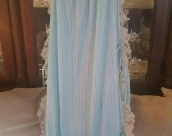 Vintage NightGown LACE LONG