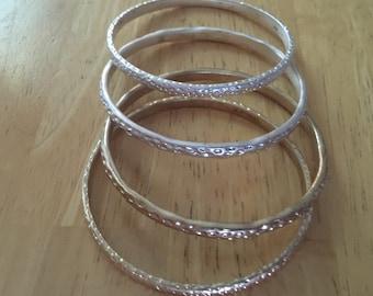 set if 4 Bangle Bracelets  2 Gold 2 Silver