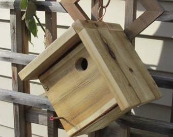 Cedar wren house, nest box