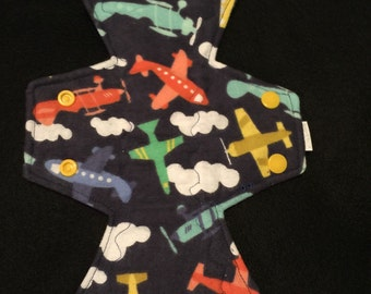 """10"""" flannel top airplane print moderate cloth pad"""