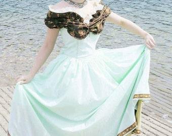 Maiden Marion Dress, Robin Hood Dress, Maiden Dress, OC Cosplay, OC Costume