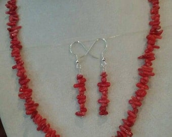 E714 - Red Coral Cupolini earrings