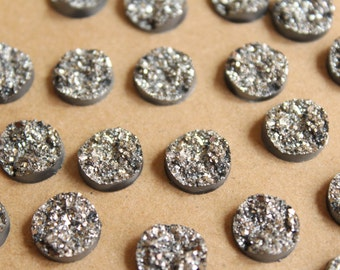 20 pc. Sparkly Dark Silver Resin Druzy Style Cabochons 10.5 - 12mm | RES-601