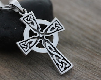 Mens Celtic cross necklace, sterling silver mens irish jewelry, mens Cross  jewelry, mens Celtic Cross . Unisex jewelry. 261