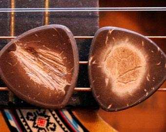 Set of 2 Coconut Shell Picks - 2mm Traditional Tri Shape - Natural Warm Tone - Acoustic Guitar, Mandolin, Ukulele