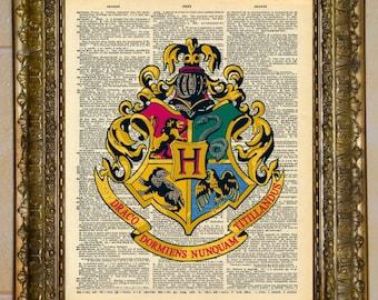 Harry Potter Hogwarts Crest Dictionary Art