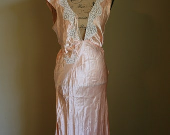 1930s Vintage Rayon Bias Cut Nightgown