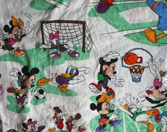 Vintage Walt Disney Mickey Mouse And Friends Bed Sheet. 80s Disney Cartoon Collectible 80s Twin Bed Sheet. Donald Duck, Goofy, Mickey Sheet