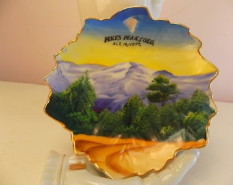 handpainted  pikes peak plate ENCO NYC COLORADO  lovely road trip souvenir plate Made in Japan details road trip home decor  green blue gold