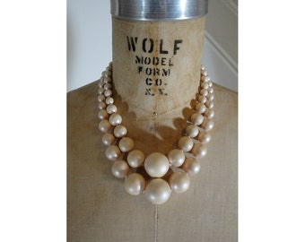 1960s Pink Pearl Necklace