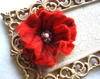 Small Red Poppy Felted Flower Pin,Wool Felt, Felted Wool,Hat Pin, Flower Brooch, Flower Pin Brooch, Flower Pin, Beaded Flower, Small Pin