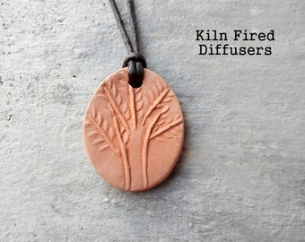 Tree of Life Aromatherapy Essential Fragrance Oil Diffuser Pendant, Scent Therapy Ceramic Pendant,Unglazed Terracotta Clay Jewelry