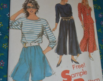 Simplciity 0039 Misses Pullover Top and Culottes in Two Lengths Sewing Pattern UNCUT - Sizes 8 - 20