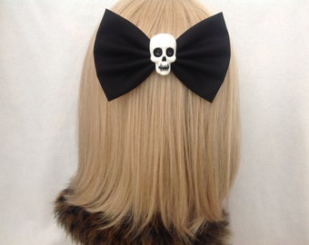 Large Black skull hair bow clip rockabilly psychobilly gothic Lolita rock punk pin up girl retro oversized Elmyra duff halloween