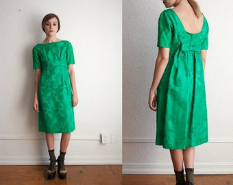 SALE Vintage Emma Domb of California 1960s Kelly Green Brocade Dress with Bow Detail on Back Size Medium
