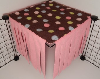 Peek-a-Boo Hideout for 1x1 grid.. Brown polka dots with Bubble gum pink