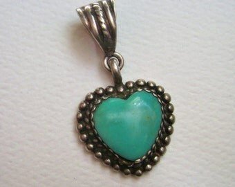 lovely little turquoise and sterling pendant