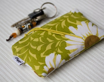 SALE - FREE SHIPPING: Retro change wallet, zipper coin purse, green accessories bag small, change pouch