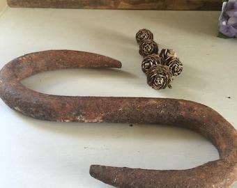 Hook large rustic s shaped hook rusty patina farm finds Australian
