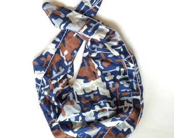 Blue White & Tan Scarf Vintage Scarf Navy Blue ECHO Scarf 1970s Vintage Silk Head Scarf Mid-Century Fashion Accessory Vintage Scarves Scarf