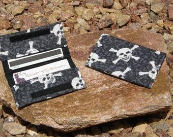 Gray Skull Business Cardholder/Mini-Wallet