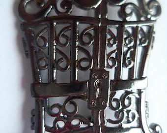 Vintage Signed Danecraft Dark Silvertone Pearly Gates Brooch/Pin