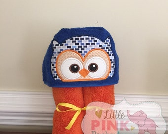 Owl hooded towel blue and orange