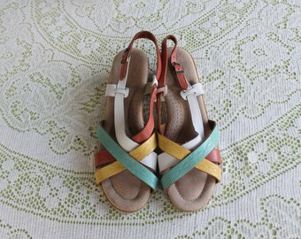 Sweet Vintage 1970's Summer Sandals Made In Italy
