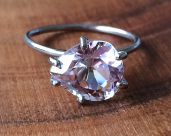 Kunzite Ring - White Gold