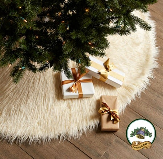 CHRISTMAS Tree Skirt Shaggy Faux Fur Round Design White Shag
