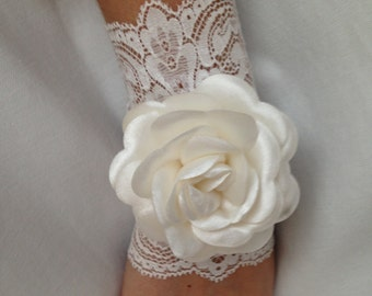 Lace Wedding Gloves, Wedding, Bridal, Cuffs, Fingerless, Lace, Ivory READY TO SHIP