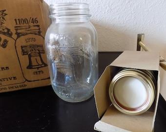 Vintage Collectible Canning Jars 1976 Bi-Centennial Mason Jars In Original Box