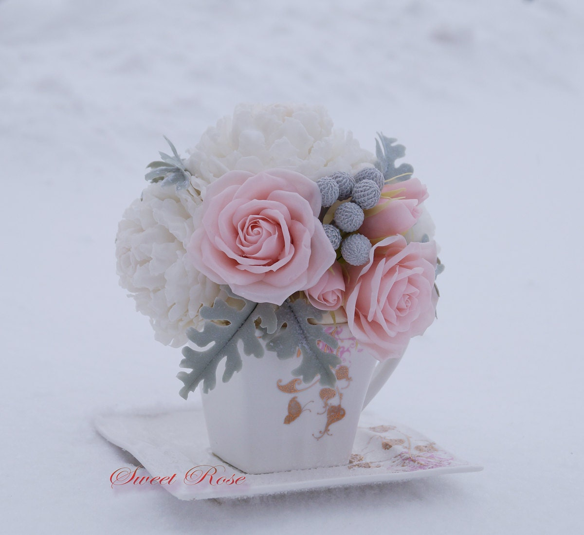 Cold porcelain flowers