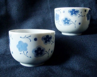 Set of 2 Japanese teacups; blue and white sakura cherry blossom pattern crockery pair