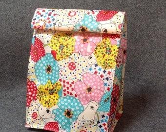 Flower & Bear  Lunch Bag / Laminated Fabric /