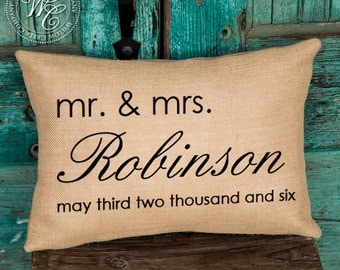 mr & mrs pillow, wedding date pillow, personalized pillow, wedding gift, burlap pillow, personalized wedding pillow, establish pillow