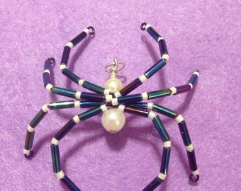 Beaded spider pendant