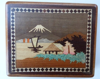 Attractive Vintage 1950s JAPANESE Marquetry Wooden Cigarette Dispensing Case. Mount Fuji in the distance