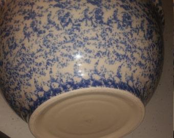 Vintage Set of 2 Stoneware Spongeware Bowls