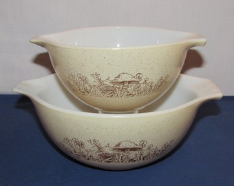 PYREX FOREST FANCY Cinderella Mixing Bowls 441 and 442