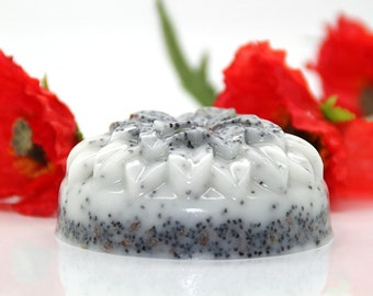 Gourmet exfoliating soap with cereals
