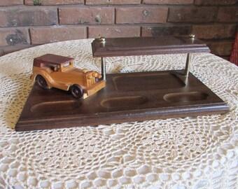 Vintage Men's Wood Desk Top Valet With A Old Vintage Car.