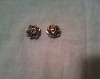 SCC Mexico Sterling Clip on. earrings. Shaped like a rose.