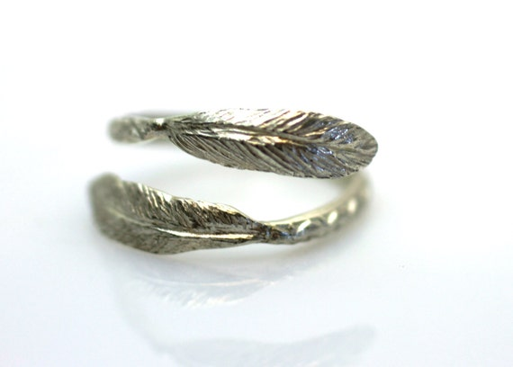 Adjustable ring. Boho Chic Bohemian Feather .Feather Ring.