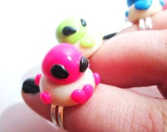 Cute Alien Polymer Clay Ring, UFO Ring, Alien Ring, Polymer Clay Ring, Kawaii, Glow In The Dark